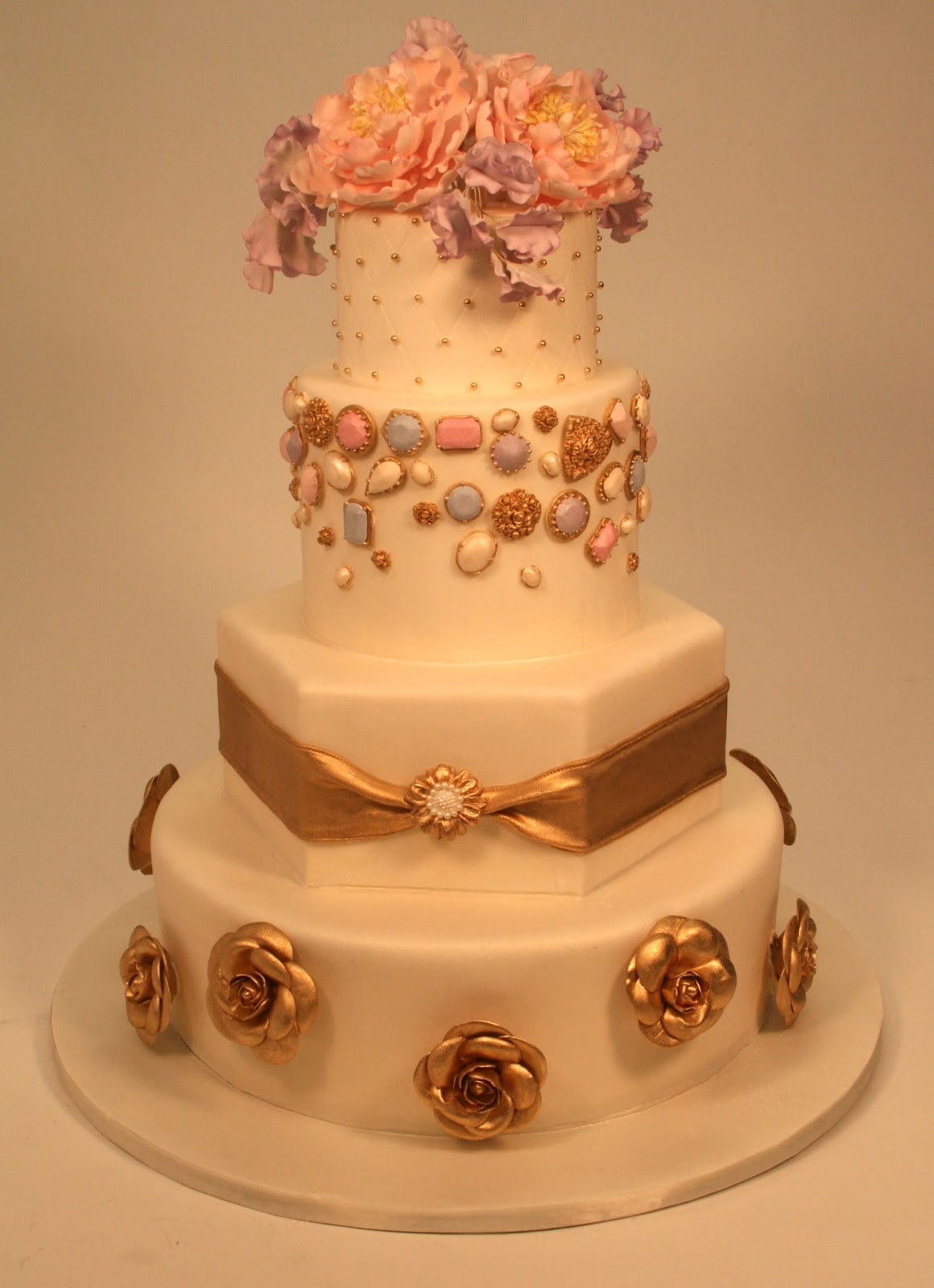 Pink And Gold Wedding Cakes Viewing Gallery