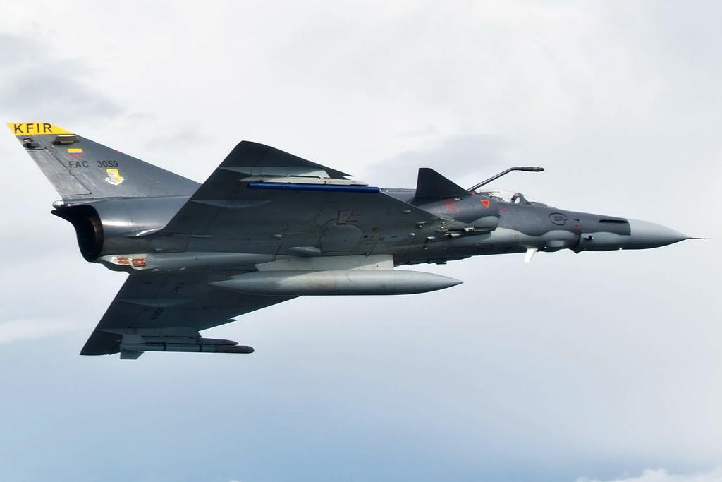 Actualmente la FAC cuenta con 21 aviones Kfir. En el año 2012 los aviones Kfir de la FAC participaron en el ejercicio internacional Red Flag, en EE.UU. Los IAI Kfir colombianos cuentan entre su armamento los misiles Rafael Python 5 y Derby, así como el sistema stand off Spice 1000