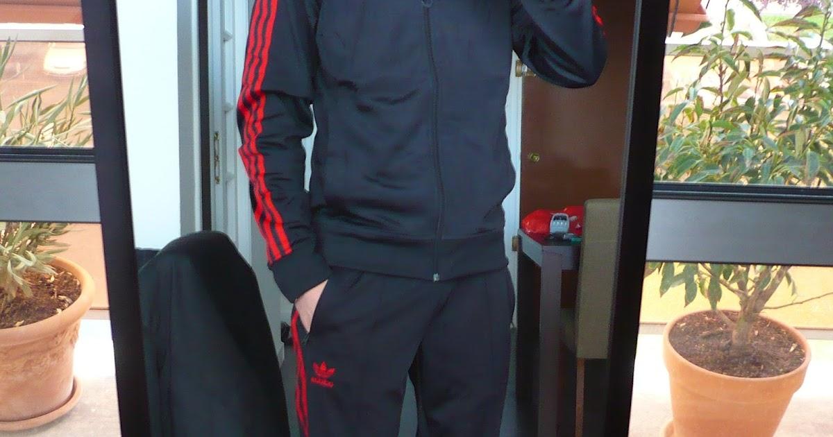 survêtement adidas superstar noir à bandes rouges