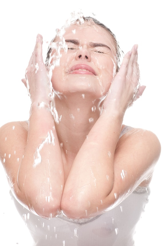woman skin cleaning