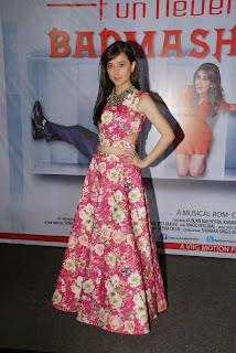 Suzanna Mukherjee Stills Badmashiyan Movie Press Meet 2.jpg