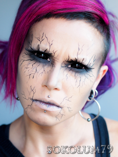 black sclera FX contact lenses samhaim goth veining makeup