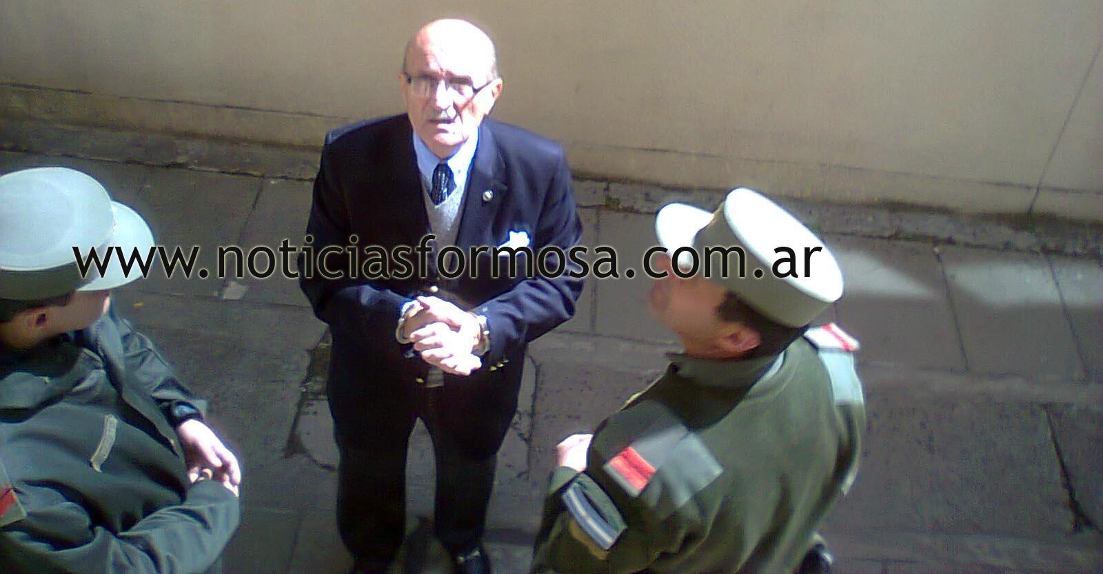 H i j o s salta formosa el militar represor pedrazzini en el juzgado federal la foto for Juzgado togado militar