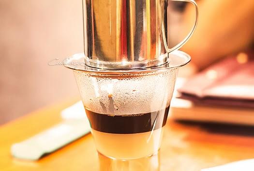Ca Phe Sua (Hot Vietnamese White Coffee)