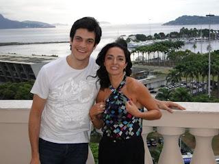 Claudia Ohana e Mateus Solano falam sobre o filme A Novela das 8