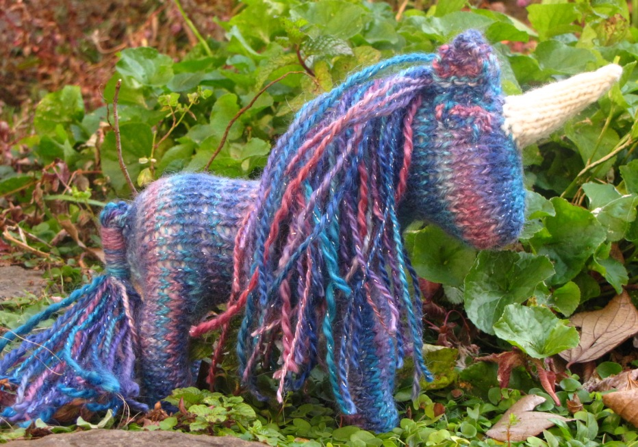 Knitting Patterns For Unicorns : Unicorn Knitted Toy Giveaway, Mamma4earth - Natural Suburbia