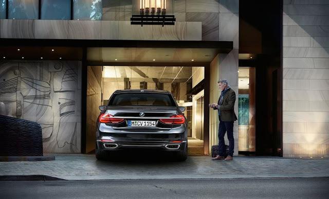 フルモデルチェンジ BMW 7シリーズ リモートコントロールパーキング