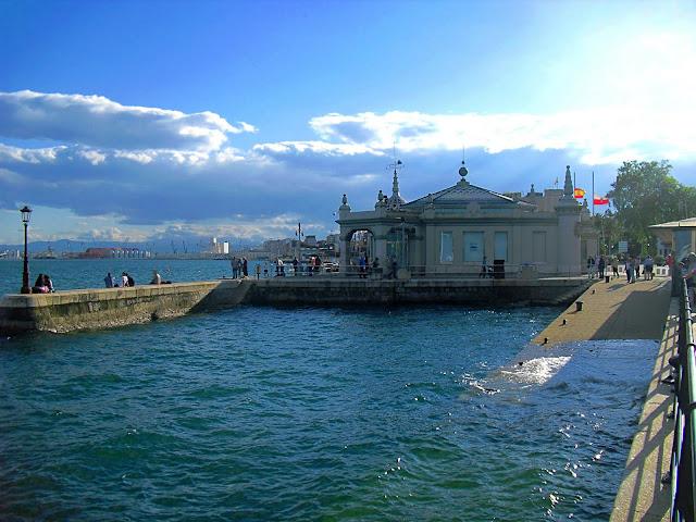 Embarcadero de Piedra y Palacete del Embarcadero