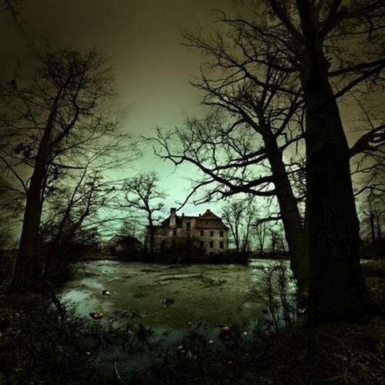 Scary Dark Place Make Art Not Wa...