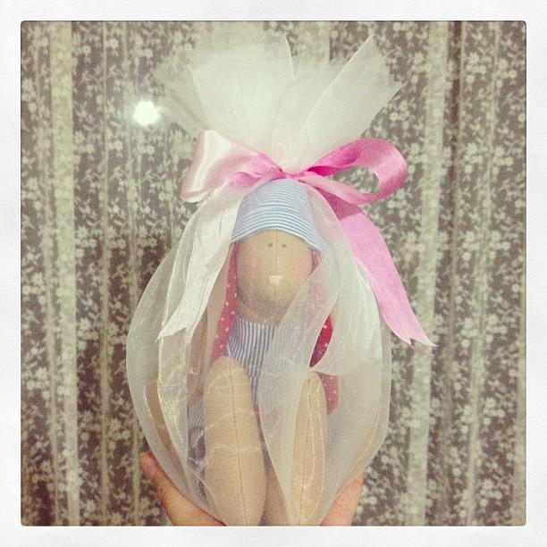 Craft and Decorate Blog - Tilda bunny, gift wrap, hediye paketi