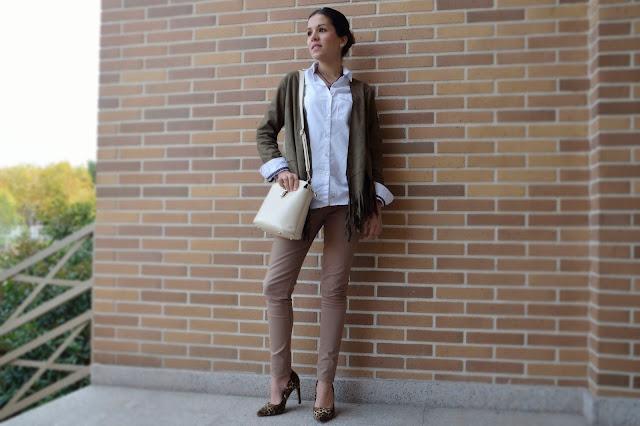 animal-print-flecos-fringes-jacket-stilettos-estampado-animal