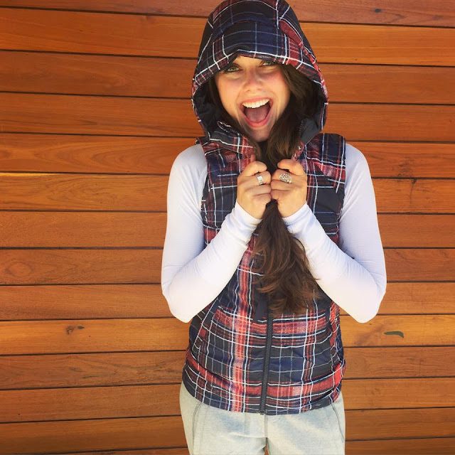 lululemon fluffiest-vest naval-plaid