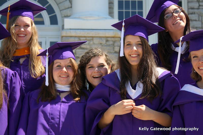 Kelly Gatewood Photography: LOL Small Group: JMU Graduates!