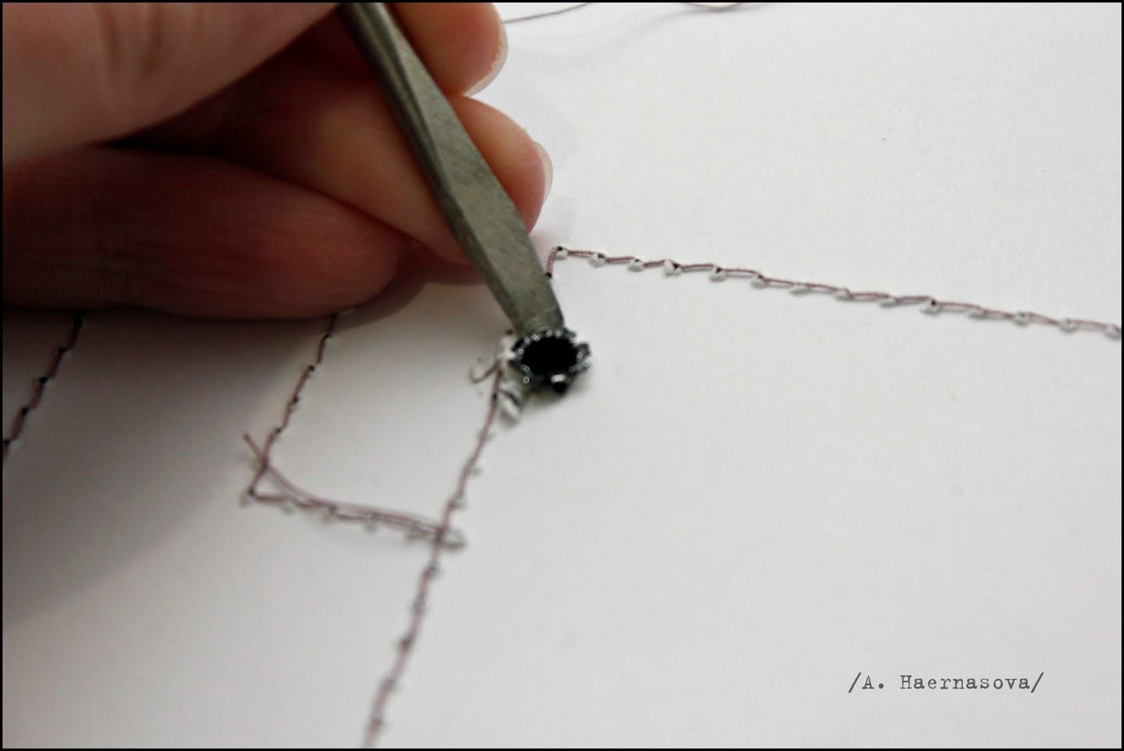 Как сделать дырки как у дырокола без дырокола