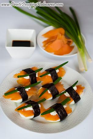 Jaja faszerowane ala sushi