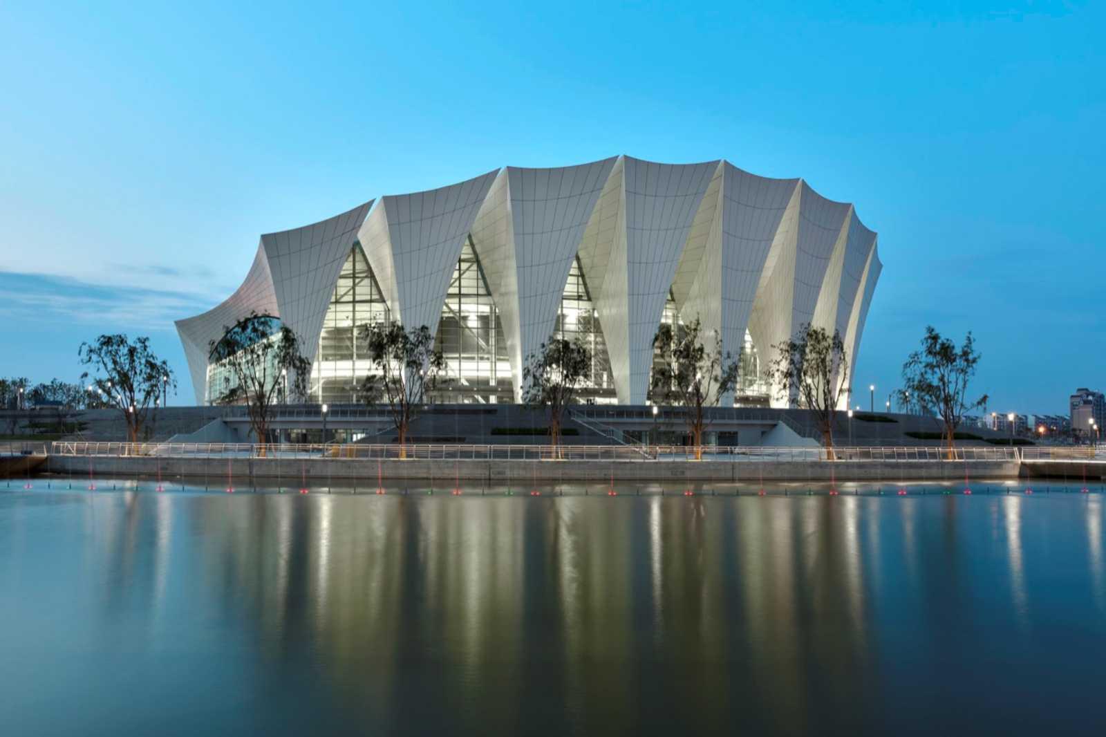 Shanghai oriental sports center by gmp architekten a as - Gmp architektur ...