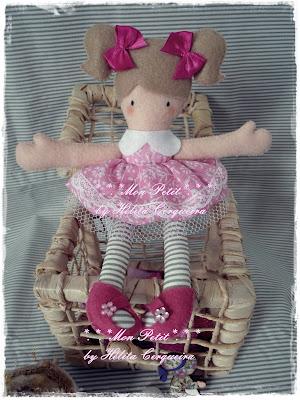 boneca serelepe-em feltro