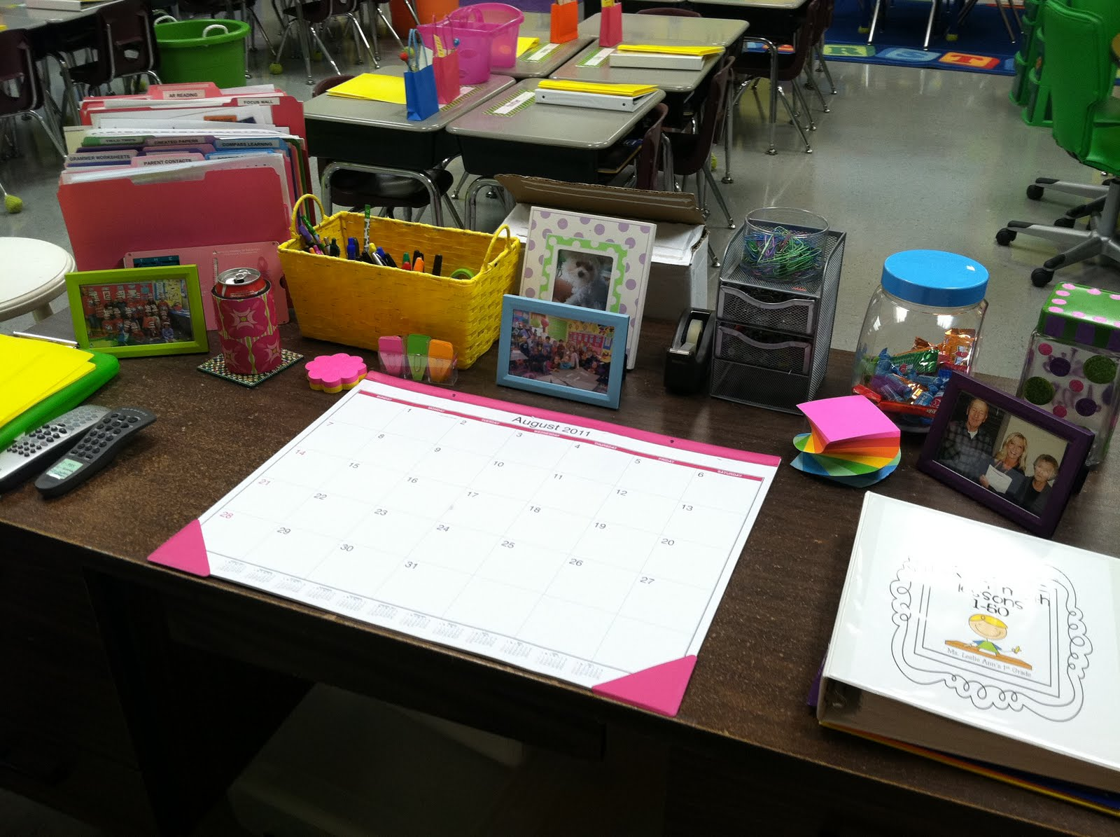 Life in first grade classroom decorating day eleven - Classroom desk organization ideas ...
