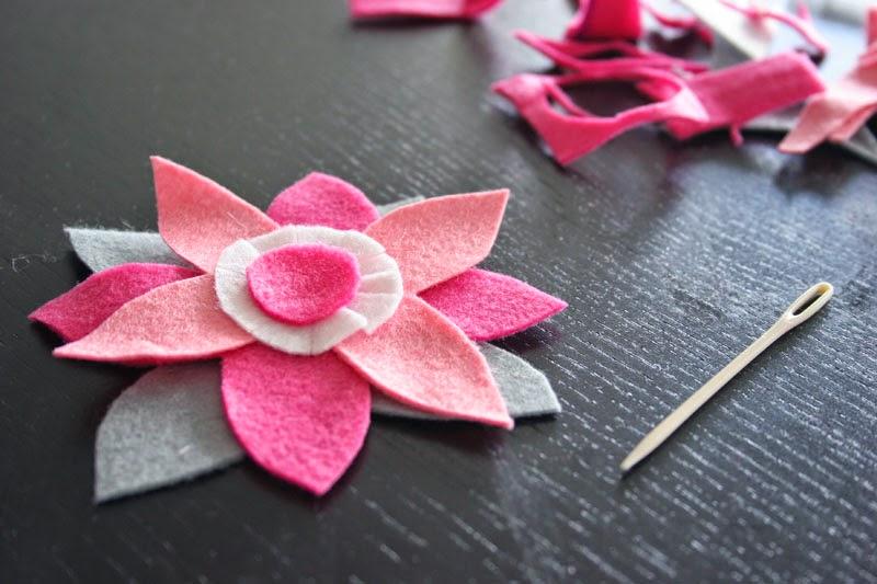 Taller de Creactividad: Diy diadema de flores de fieltro6