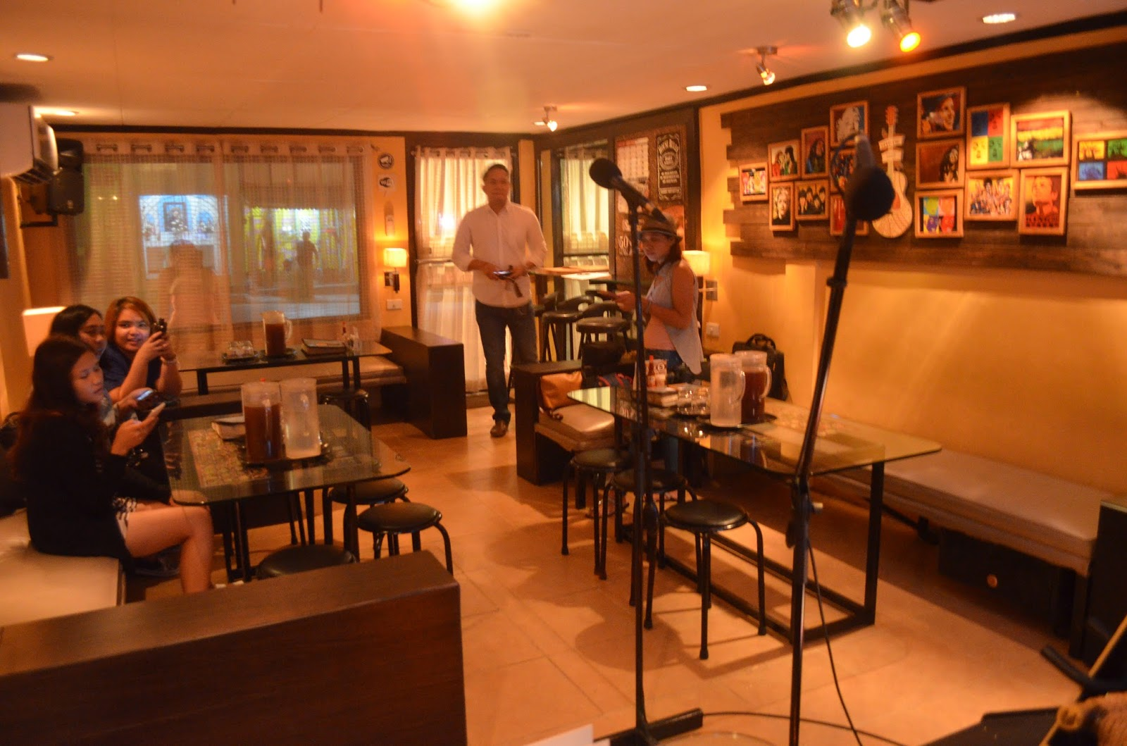 Open Mic Reserve Restaurant Acoustic Lounge Tiborsho