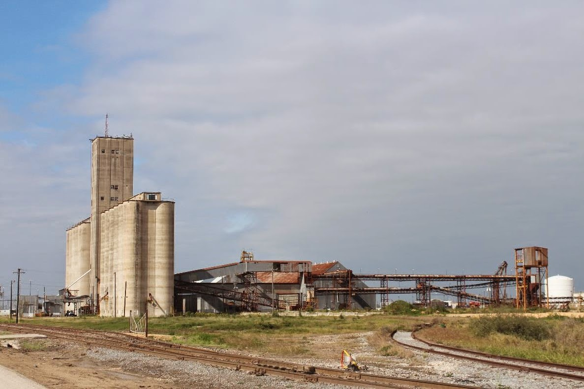 http://www.portofbrownsville.com/request-for-proposal-and-information-about-the-port-of-brownsville-grain-elevator-facility/