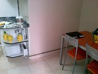 La cocina antes de ser reformada. Kitchen before remodeling.
