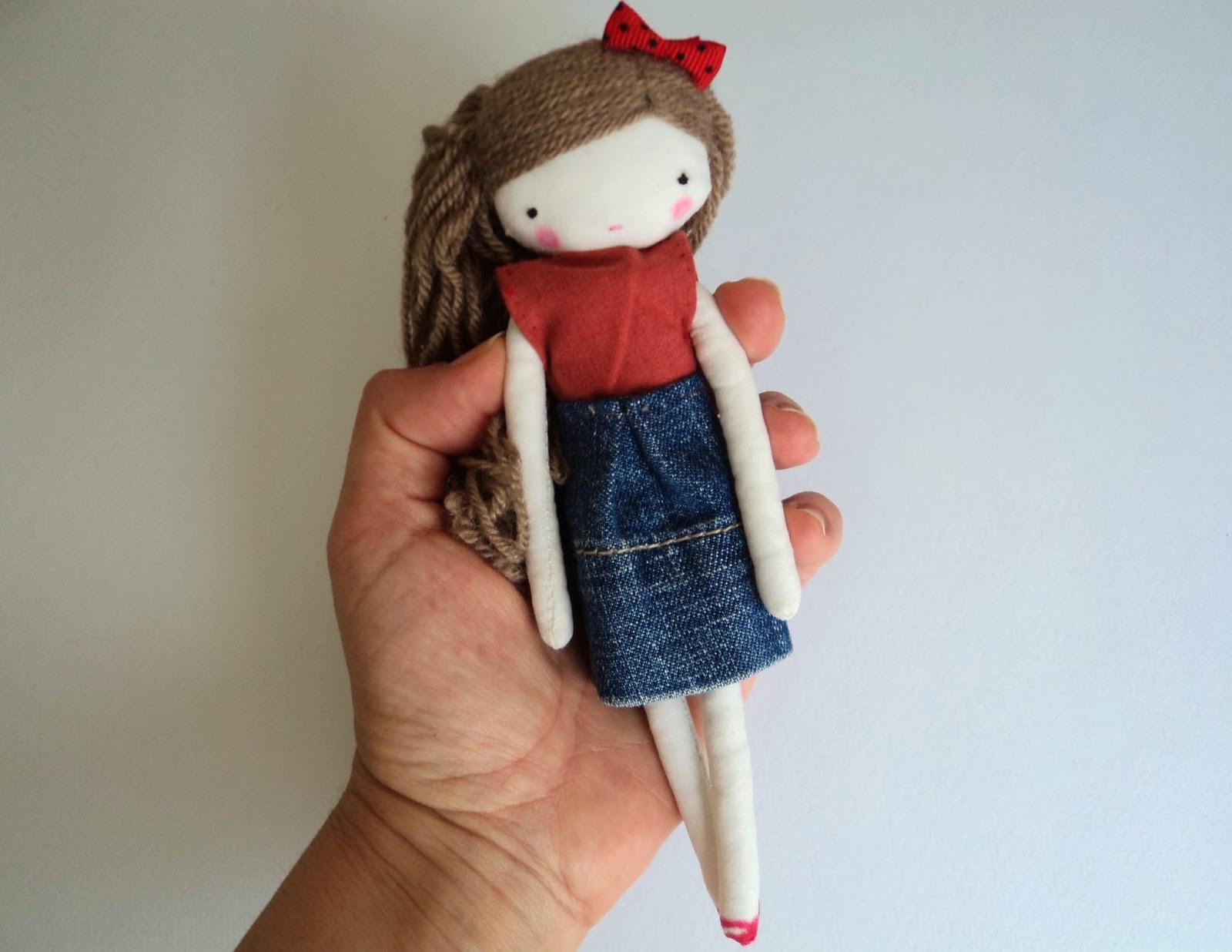 http://www.lassandaliasdeana.blogspot.com/