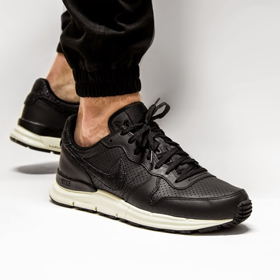 nike lunar internationalist pa stingray rh lmsmedicalsuppliesva com