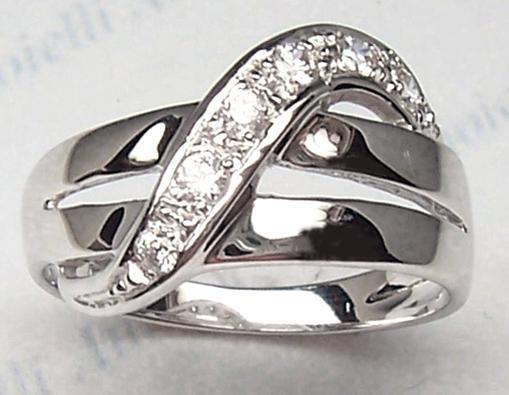 Amore romantico 10 anni di matrimonio nozze di stagno for Regali per 25 anni di matrimonio