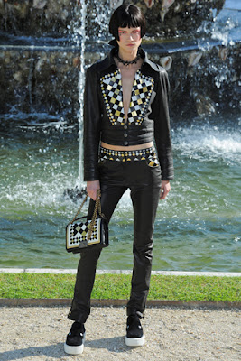 Chanel's Cruise 2012-13 Collection