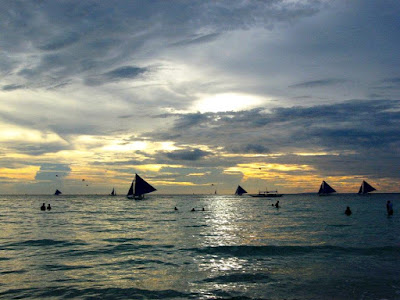 sunset watching spot in Boracay