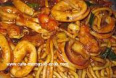 resep praktis (mudah) membuat (memasak) mie aceh spesial enak, gurih, lezat