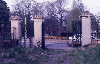 Carriage Gates