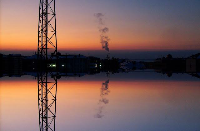 Фотоколлаж. Закат, вечерние горы и небо в столице Ингушетии - Магасе