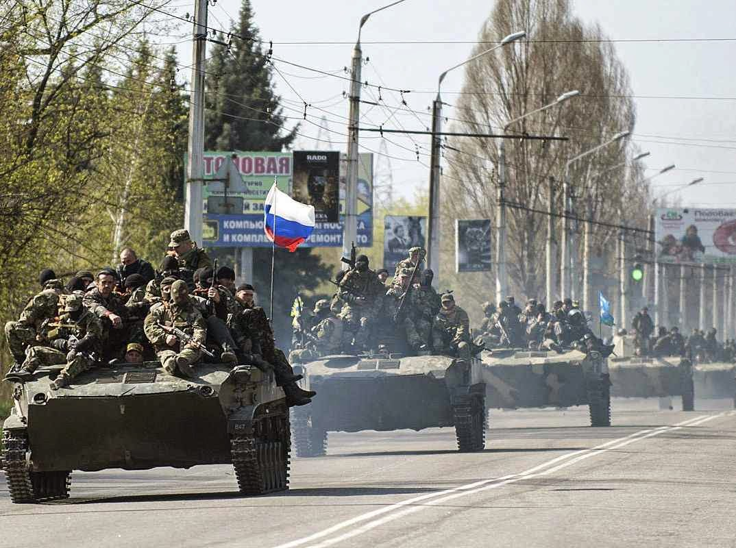 """Putin: """"Se eu quisesse, as tropas russas poderiam chegar em dois dias, não somente a Kiev, mas também a Riga, Vilnius, Tallinn, Varsóvia e Bucareste"""""""