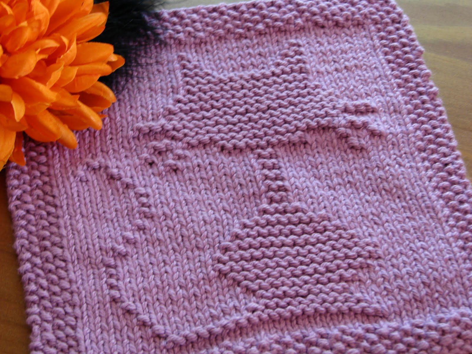 Knit Dishcloth Pattern Free : One Crafty Mama: Halloween Cat Dishcloth