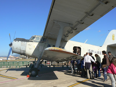 Biplà gegant Antonov An-R2.