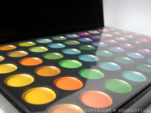 Beauty Factory 120 Color Eyeshadow palette 