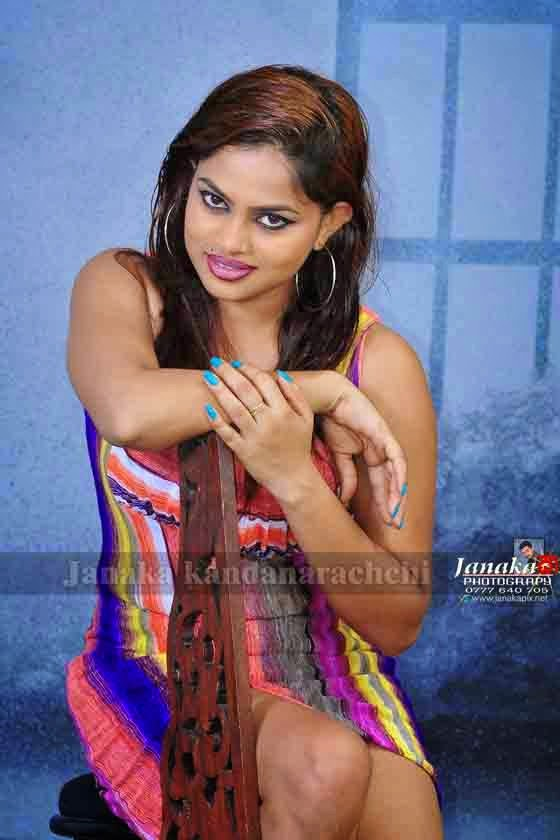 Thanuja Jayasinghe short dress