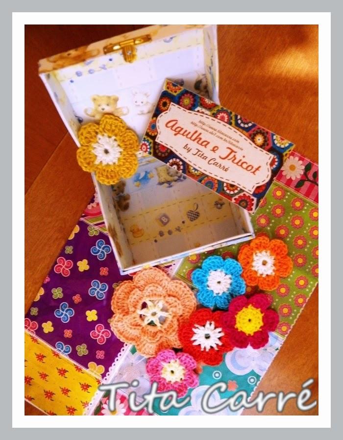 O mimo que ganhei com flores em crochet