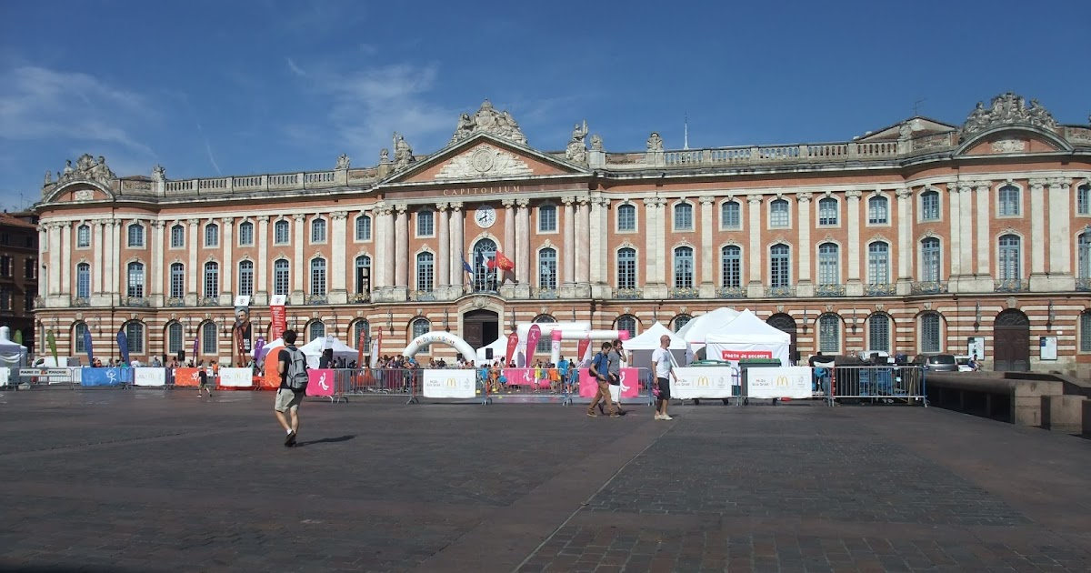 A frenchy on the road the pink city toulouse france for W architecture toulouse