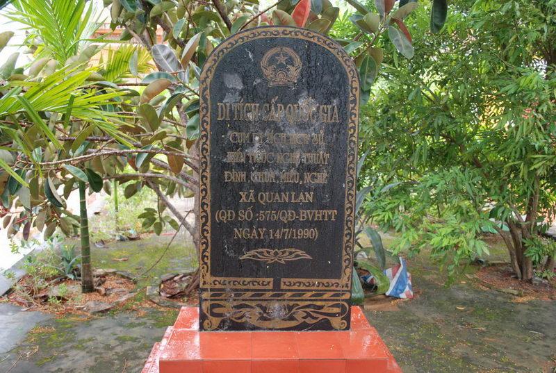 Đền thờ Phạm Công Chính ở đảo Quan Lạn