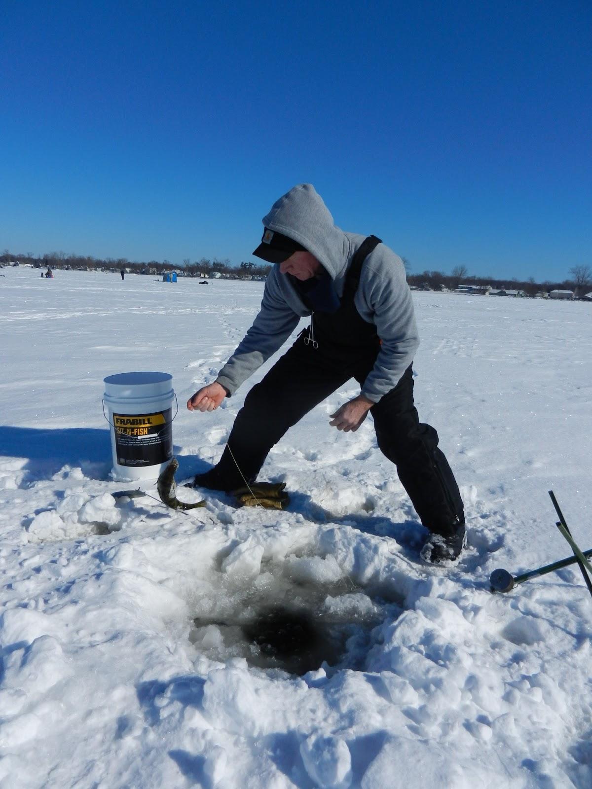Fishing hunting in oswego county ny icing around for Ice fishing ny