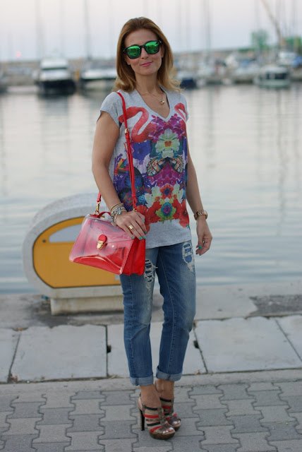 Summer outfit, flamingo blouse, Marc by Marc Jacobs transparent bag, Fashion and Cookies