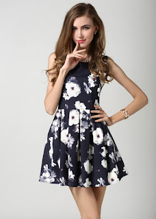 http://www.shein.com/Black-Sleeveless-Floral-Pleated-Dress-p-209800-cat-1727.html?utm_source=thecherryblossomworld.blogspot.com&utm_medium=blogger&url_from=thecherryblossomworld