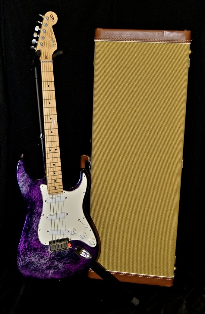 fender 40th anniversary purple tie dye aluminum body strat rh stratoblogster com 3-Way Switch Wiring Diagram Squier Strat Wiring Diagram
