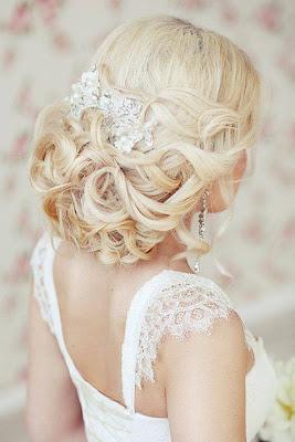 Wedding Dress - Bridal Hairstyle