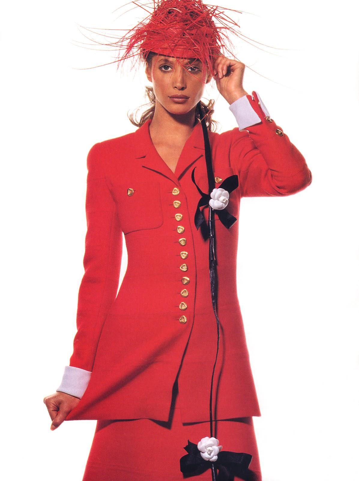 http://4.bp.blogspot.com/-CRSD_qOcWE4/T0UctHMxY0I/AAAAAAAAAbU/LmgT2sWYork/s1600/1993+03+Vogue+Us+03+Ph+Irving+Penn+Christy+Turlington.jpg