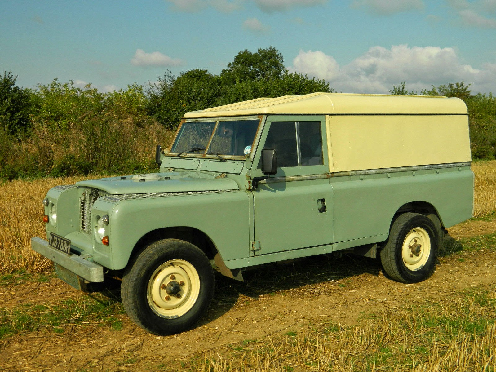 1969 land rover series 2a 109 fully restored auto restorationice. Black Bedroom Furniture Sets. Home Design Ideas