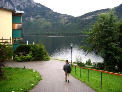 28_miasteczko_nad_jeziorem.jpg